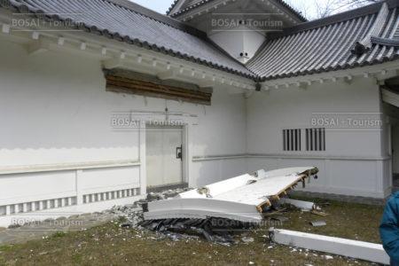被災した仙台城脇櫓(隅櫓)(仙台市青葉区)